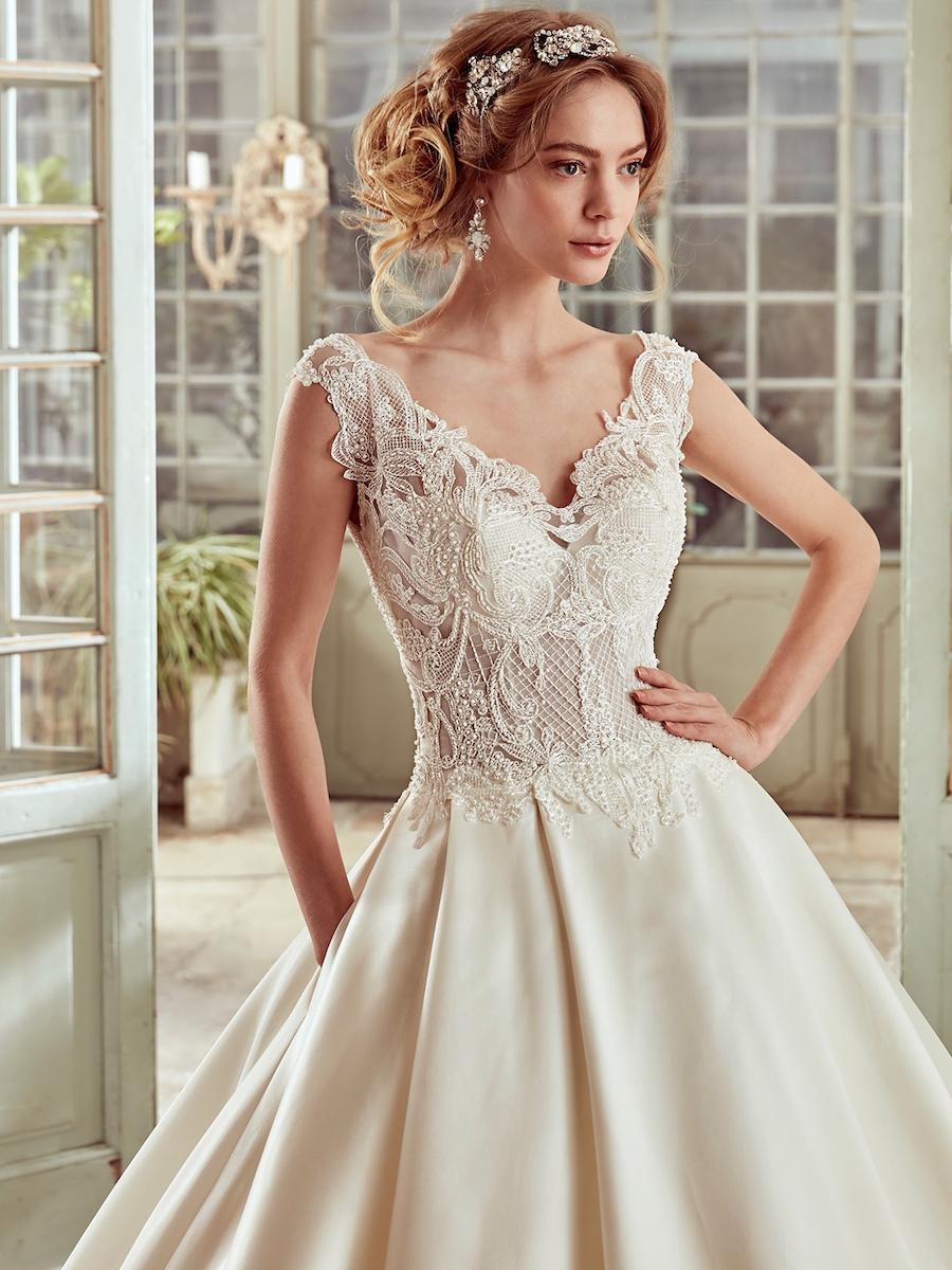 NIAB17024 bridal gown by Nicole Spose