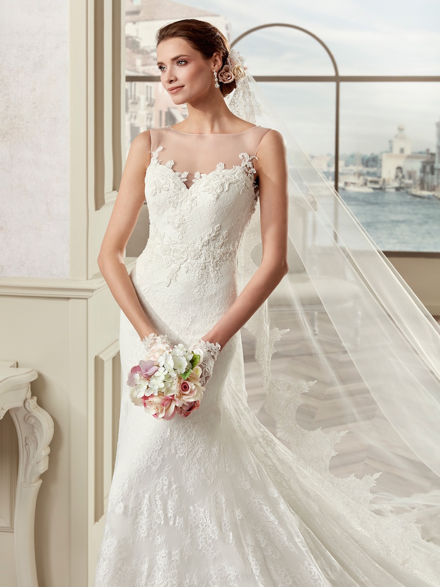 170258 bridal gown by Nicole Spose