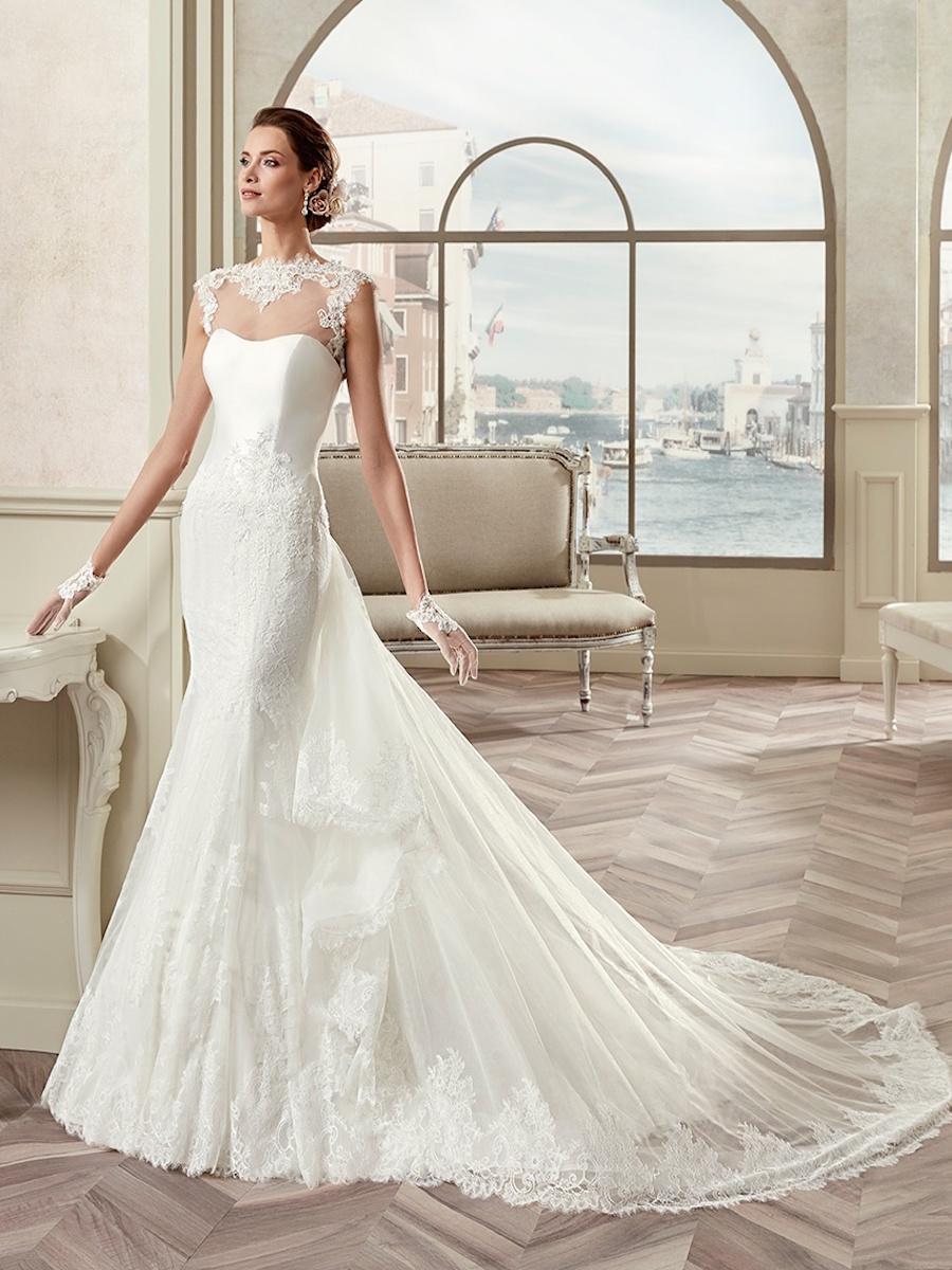 NIAB17289 bridal gown by Nicole Spose