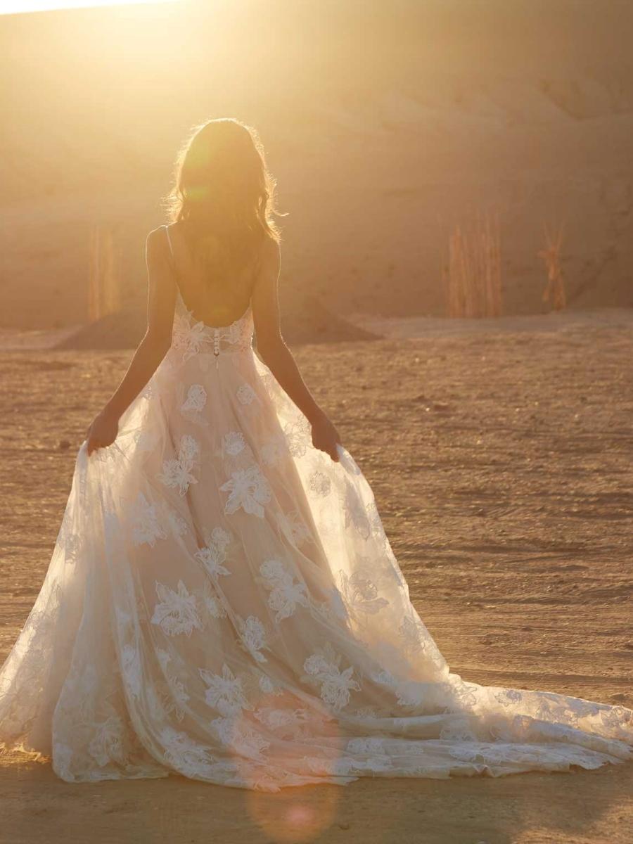 AVERY-ML17015-WEDDING-DRESS-MADI-LANE-BRIDAL-5