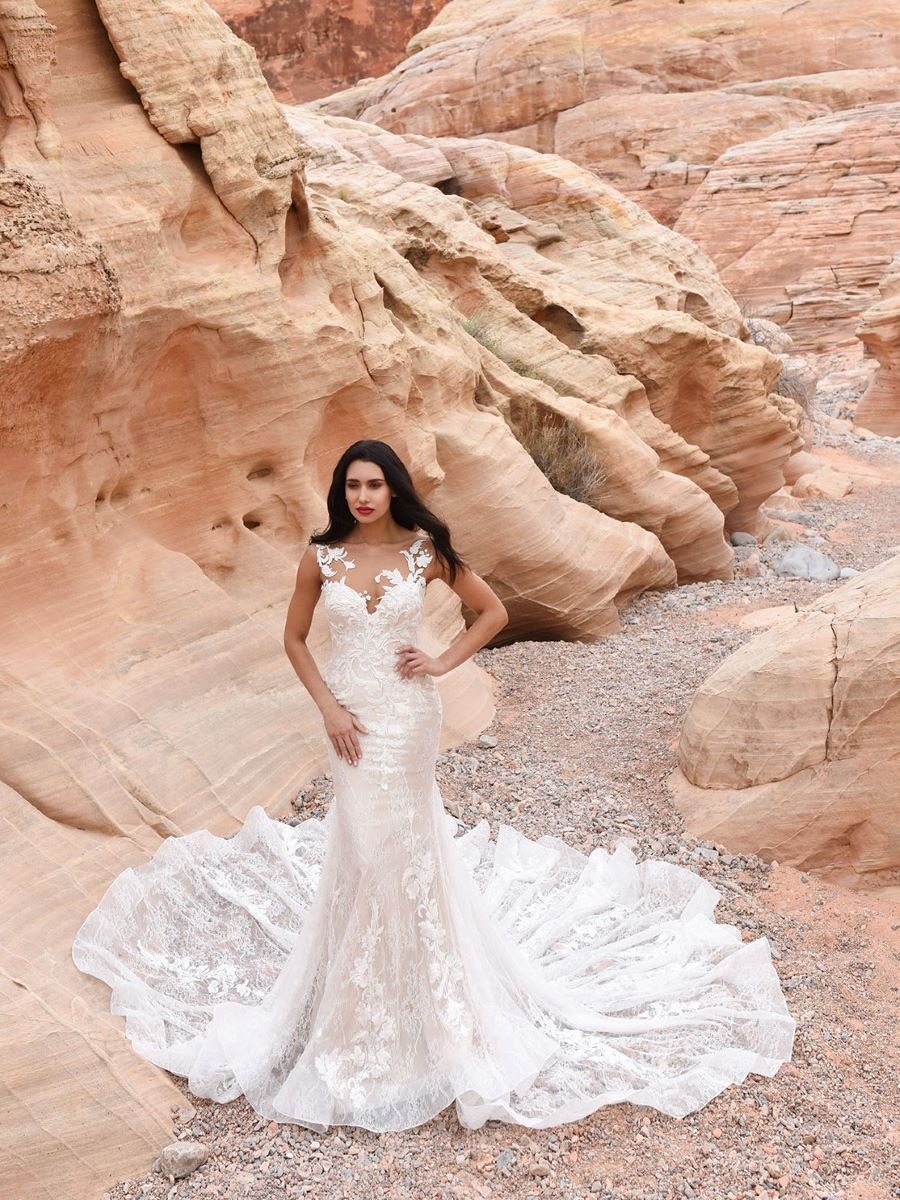 Infatuation Dando London Wedding Dress Always and Forever Bridal UK 3