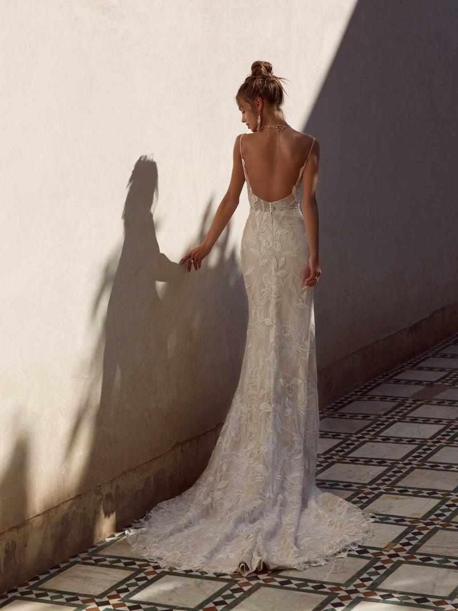 ANYA-ML17224-WEDDING-DRESS-MADI-LANE-BRIDAL-4