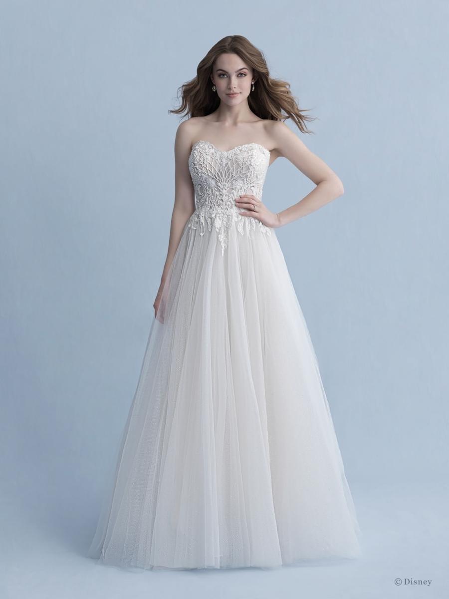 D261-Aurora-Disney-Fairy-Tale-Weddings-1