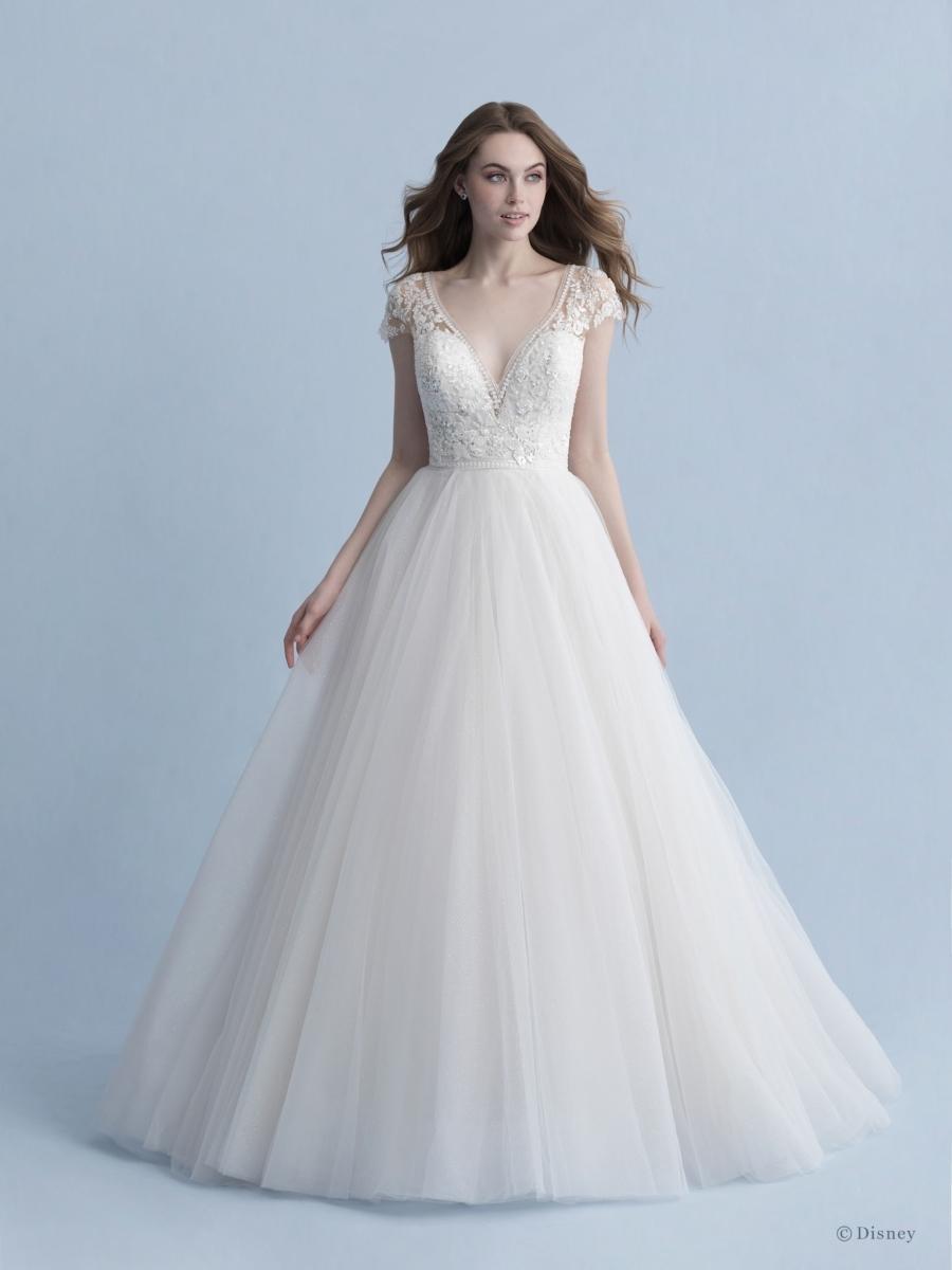 D263-Cinderella-Disney-Fairy-Tale-Weddings-1